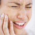 Болит зуб после удаления нерва. причины и устранение неприятных ощущений