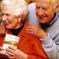 Что подарить бабушке и дедушке?