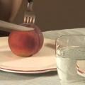 Как есть персик?