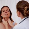 Как лечить горло при беременности?