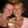Как поздравить маму с днем рождения: полностью организовываем день