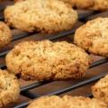 Как приготовить овсяное печенье?