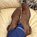 Как ухаживать за замшевой обувью: полезные советы