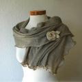 Как украсить шарф?