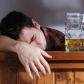 Как заставить бросить пить?