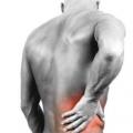 Почему возникает боль справа в спине? что делать, если боль справа под ребрами отдает в спину?
