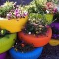 Садовый дизайн: клумбы из покрышек своими руками