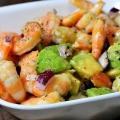Салат из креветок и авокадо: рецепт. салат с ингредиентами: авокадо, помидоры, креветки