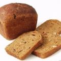 Сколько калорий в куске хлеба?
