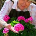 Устраиваем праздник бабушке: поздравление с 65-летием женщине
